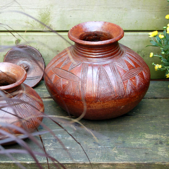 Nupe Pot (Lidded)
