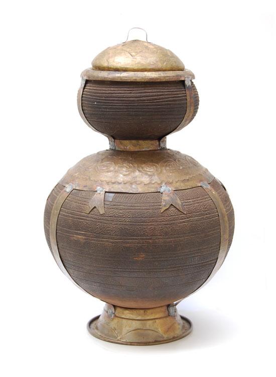 African Pot – Vintage Double-Volume Nupe Pot