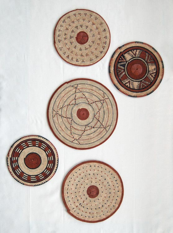 Flat basket wall art decorating with african baskets for African wall decoration