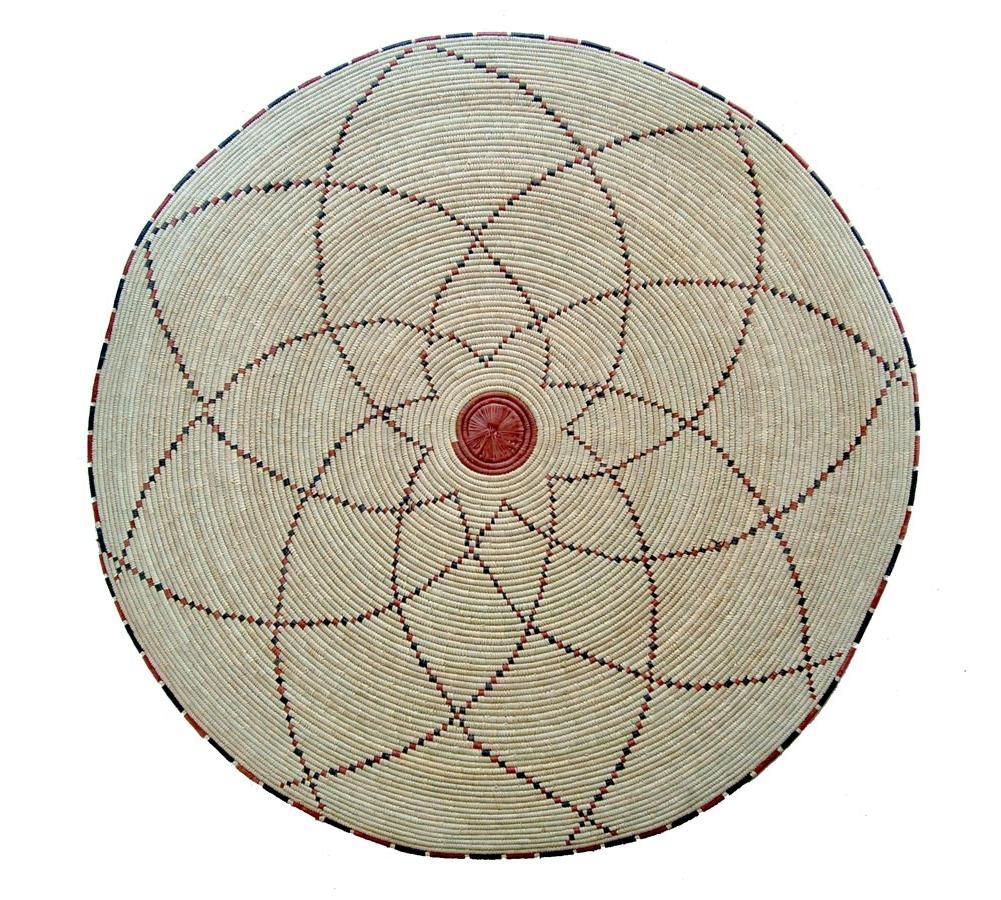 Round Natural Fiber Accent Rug: Spirograph Pattern