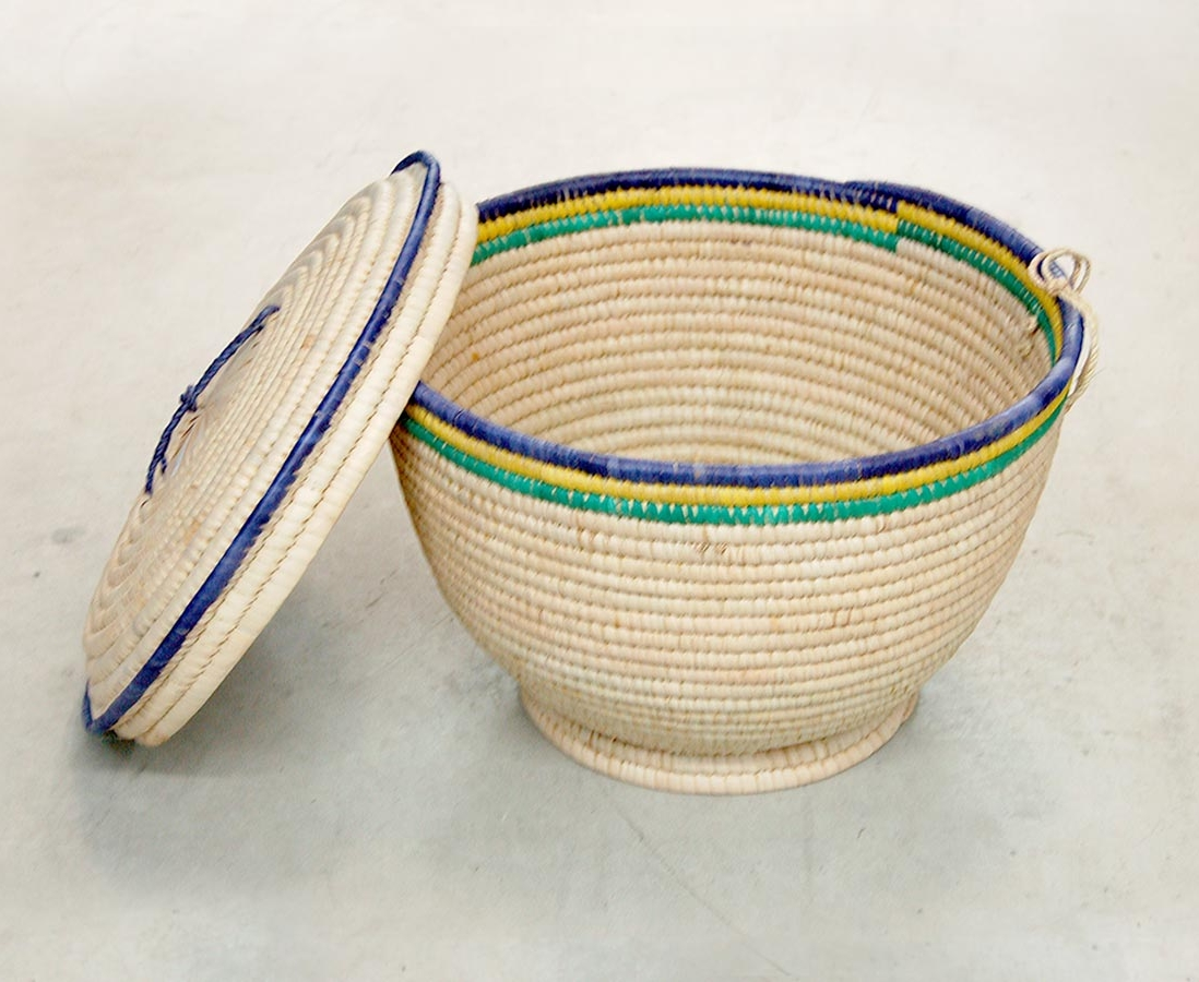 Storage Basket – Rustic and Lidded (~17in wide)