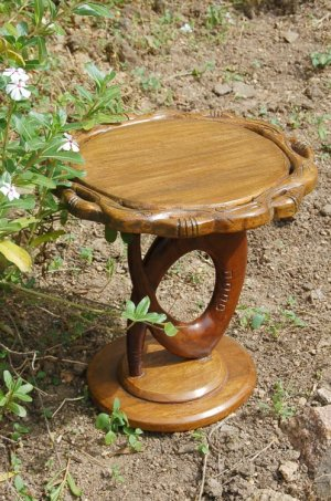 contemporary-wood-african-accent-table-3_masterpiece-art-gallery_afrimod