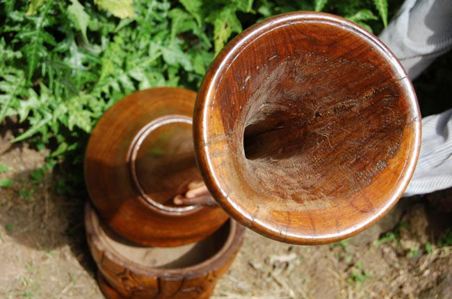 Large Wooden Floor Vase (3.5feet – Solid Rosewood)