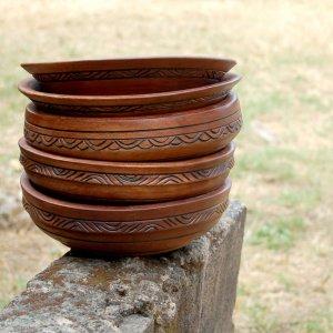 solid-mahogany-bowls-1_masterpiece-art-gallery_afrimod