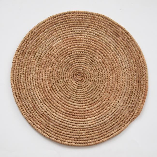 African Flat Basket – Neutral (~15in)