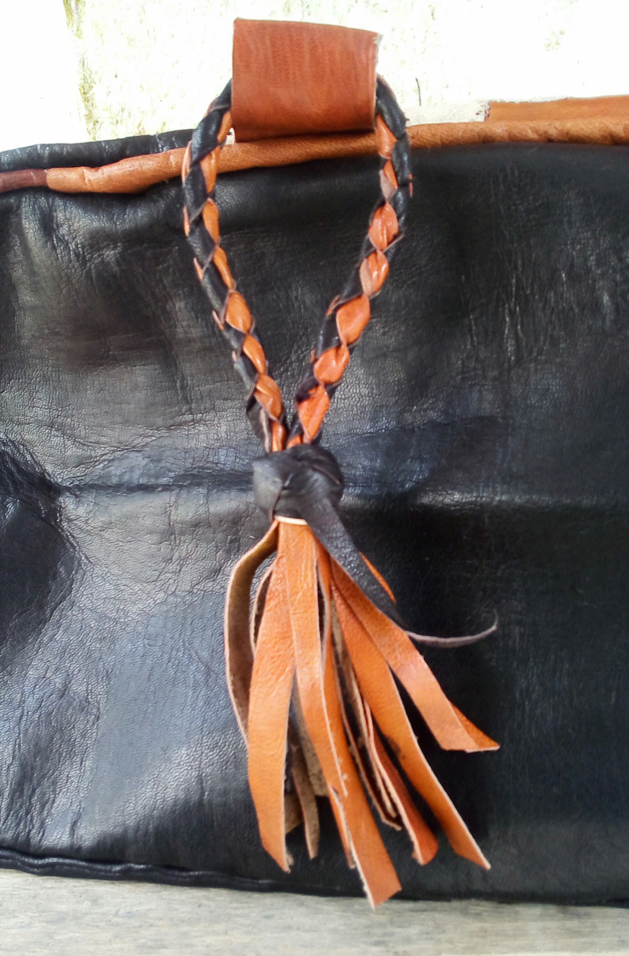 Flora (Rectangular) – Hausa Leather Pouf