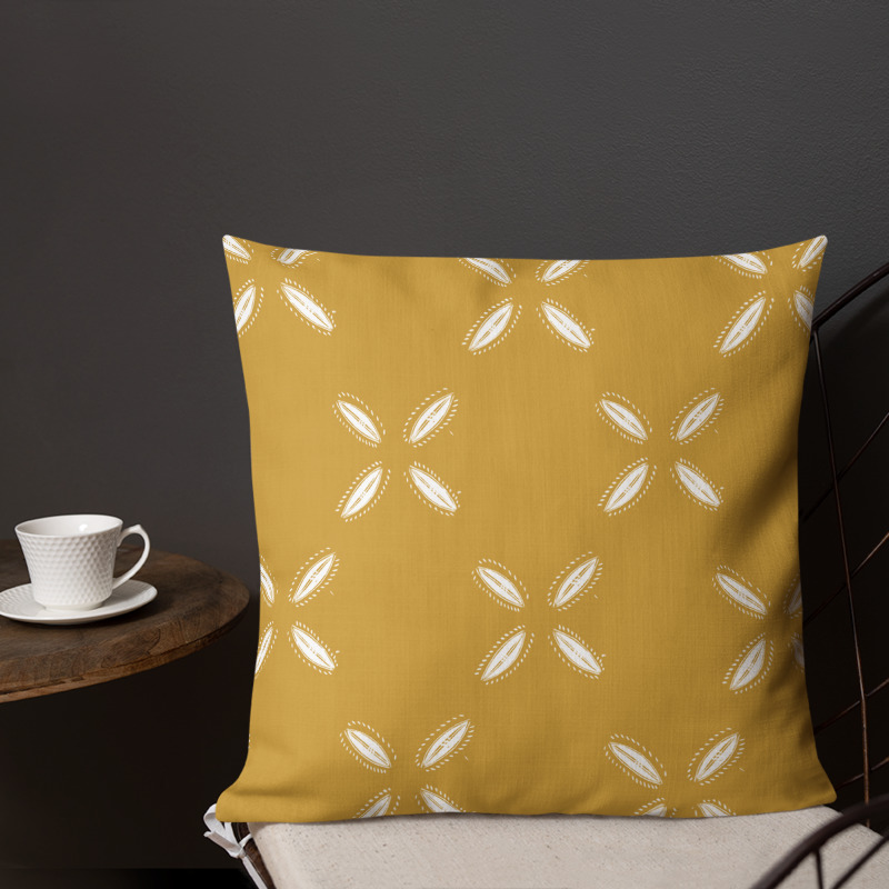 Cowrie Print – 18in Throw Pillow