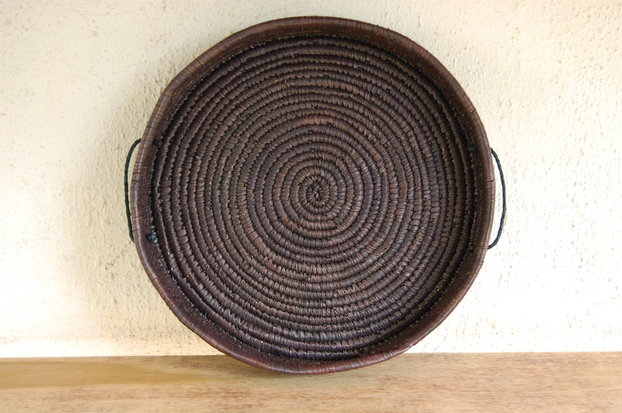 Woven Basket Platter ~20in (large chocolate-brown tabletop / floor basket tray)