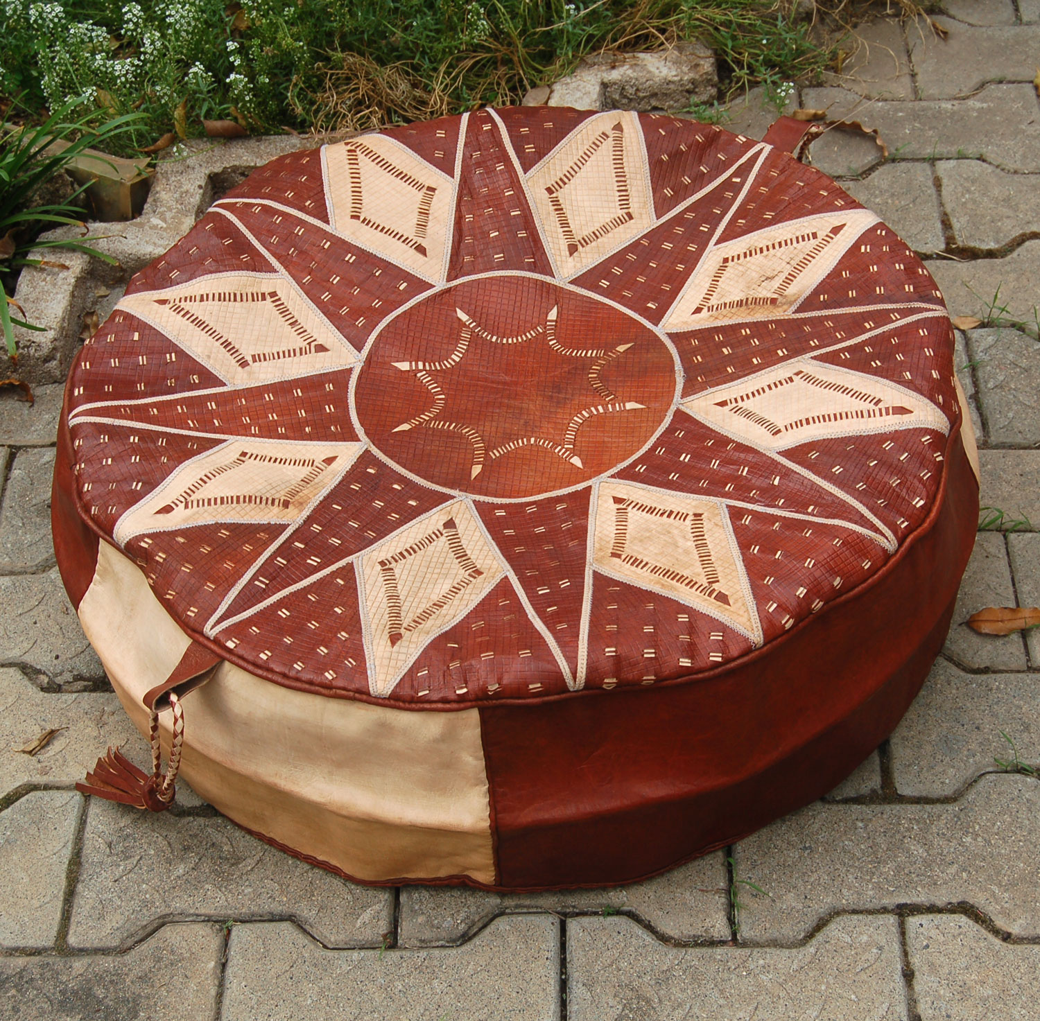 Bello Tan (Round) – Hausa Leather Pouf