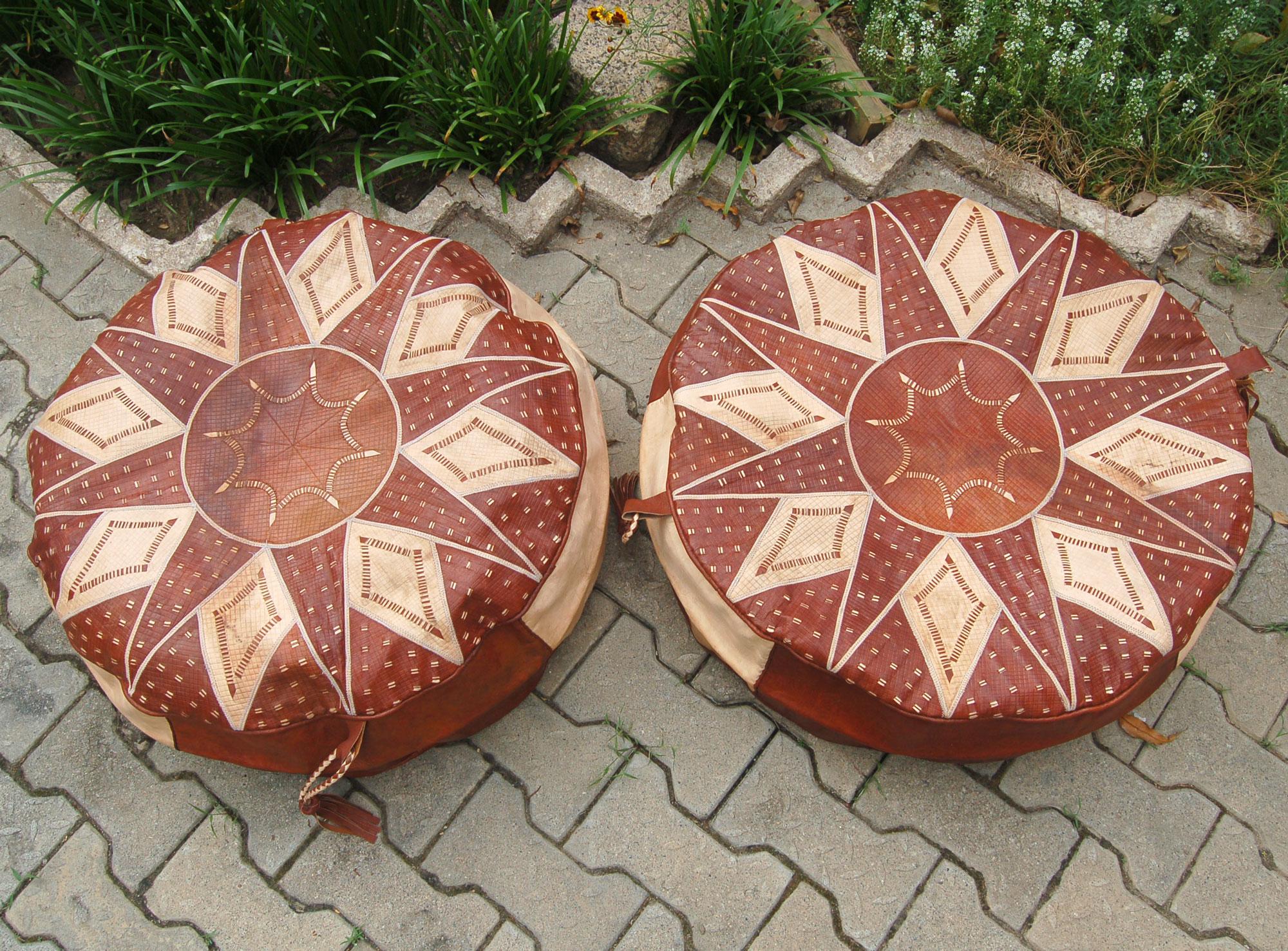 Bello Tan (set of 2 round leather poufs)